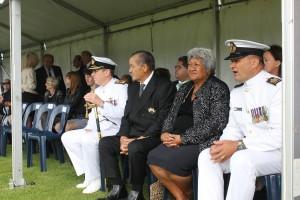 Kiingi Tuheitia and Makau Ariki flanked by senior naval officers